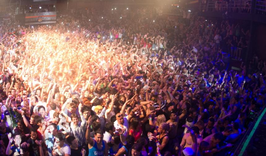 Large crowd of students partying in Cancun, Mexico