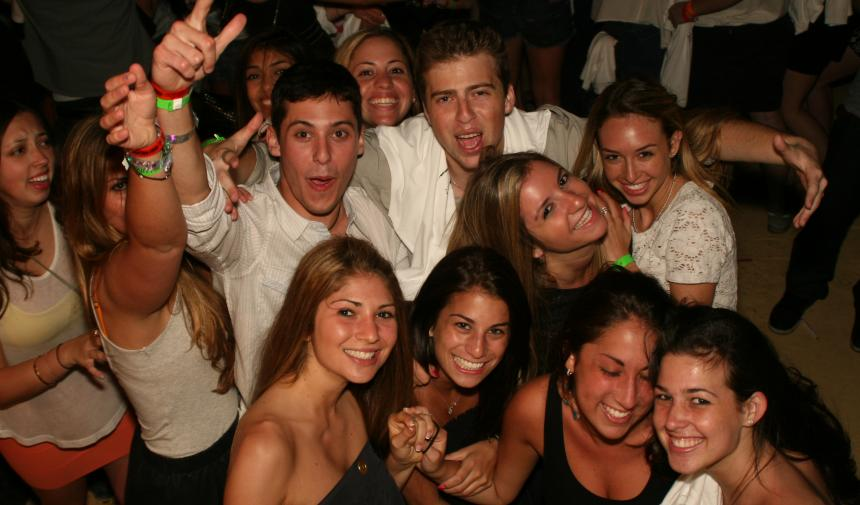 group of high school students posing for a photo during their Spring break trip to Nassau